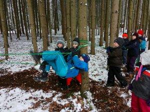 Ausrüstung im Winter in der Natur bei Natur reality in Lichtenfels, Franken