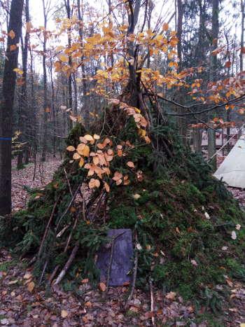 Tolle Behaussung im Wald bei Prächting mit Natur reality Franken